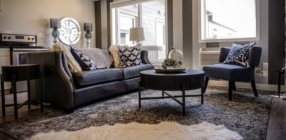 Salón lujoso sofá piel